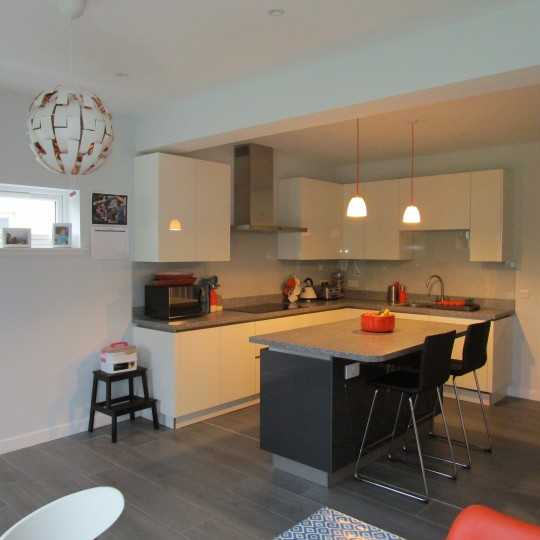 Modern German Kitchen Laminate Worktop, Bearsden