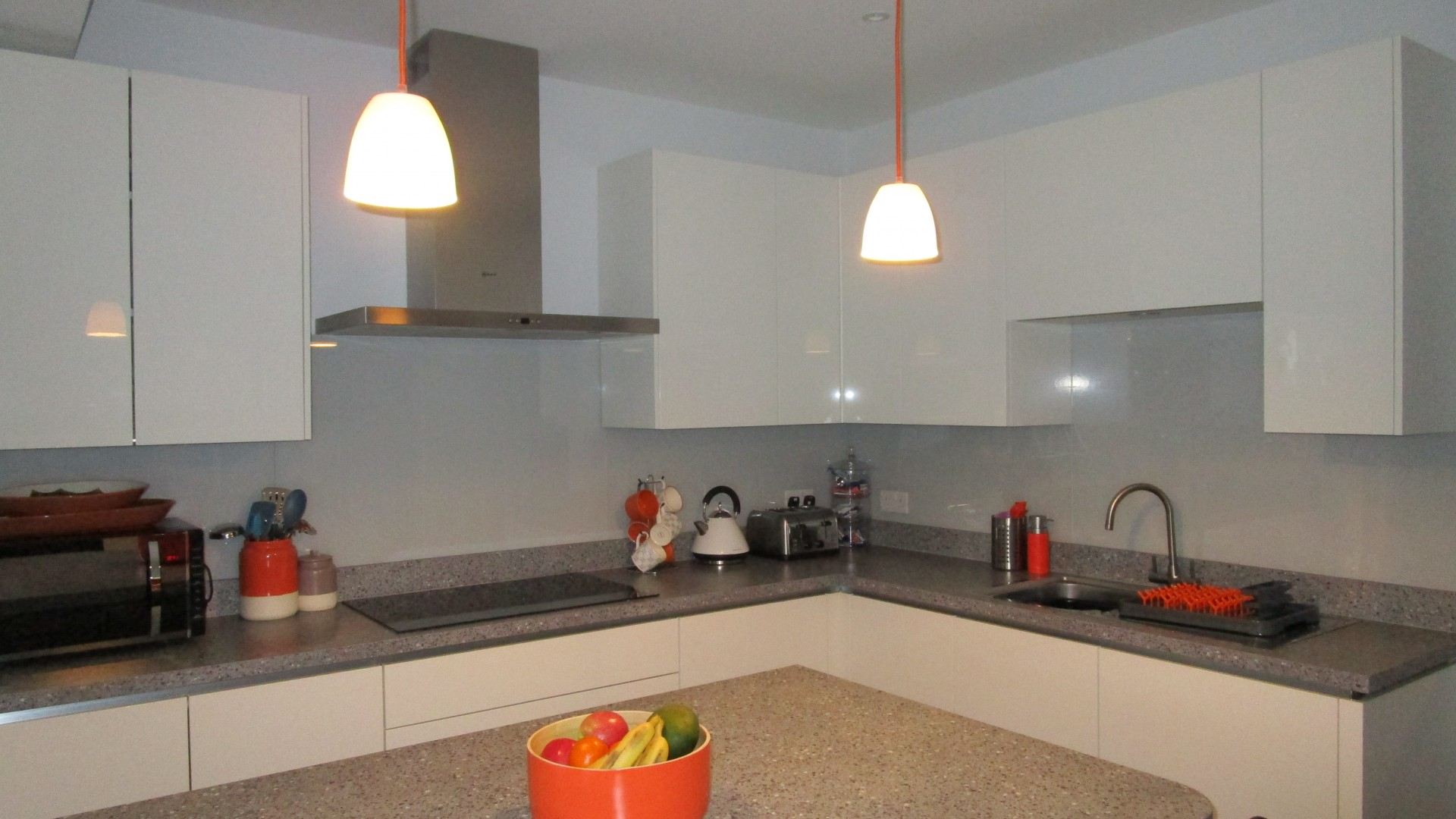 Modern German Kitchen Laminate Worktop, Bearsden - Aspire